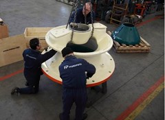 Experts Frantoparts work on a cone crusher